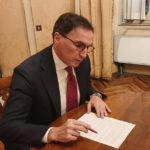 Scontro infinito tra Governo e Regione: dura replica di Anna Casini al ministro Boccia che attacca Ceriscioli