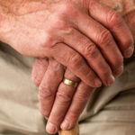 CORONAVIRUS / Rischio ecatombe nelle case di riposo: salviamo i nostri anziani!