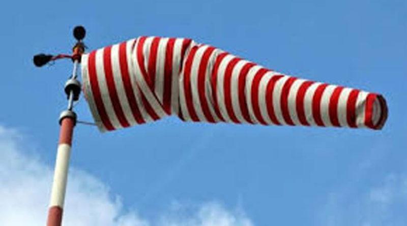 Domenica e lunedì torna il vento forte, è di nuovo allerta nelle Marche