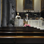 In una Cattedrale deserta l'arcivescovo di Ancona Angelo Spina ha celebrato la messa per una Pasqua di resurrezione