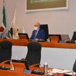 In Regione una manovra d'emergenza confusa: il centrodestra abbandona l'aula del Consiglio prima della votazione