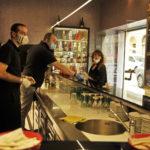 La ripartenza di Ancona con la riapertura di negozi e bancarelle