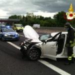 Schianto sull'autostrada con un ferito tra i caselli di Ancona Sud e Loreto