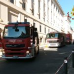 Evacuato per un incendio il palazzo delle Poste, fiamme spente dai vigili del fuoco