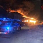 Due esplosioni, poi le fiamme: tanta paura nella notte al porto di Ancona