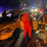 Scontro frontale con due feriti lungo la strada del Conero