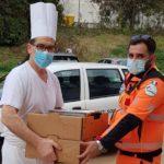 Il Centro Papa Giovanni dona i menu delle feste alla Croce Gialla e i torroni solidali al Reparto Rianimazione di Torrette