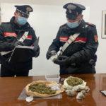 Giovane senigalliese arrestata dopo un inseguimento dai carabinieri per possesso di droga
