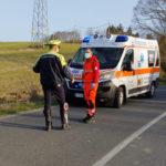 Con l'auto fuori strada, 3 feriti portati all'Ospedale di Torrette