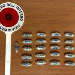 Per sfuggire ai controlli ingerisce 22 ovuli di eroina, giovane arrestato dalla Polizia e portato in ospedale
