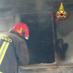 Segatura in fiamme nel silos di una falegnameria