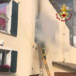 Appartamento in fiamme nel centro di Ascoli