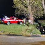 A Castelfidardo un'auto esce di strada e finisce in un fossato