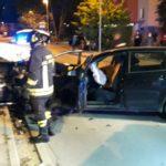 Quattro feriti a Tolentino nello scontro tra due auto