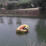 Cade in un lago e muore, tragedia nel pomeriggio alla periferia di Recanati