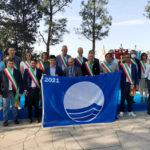A Numana la consegna ufficiale delle Bandiere Blu ai sindaci marchigiani