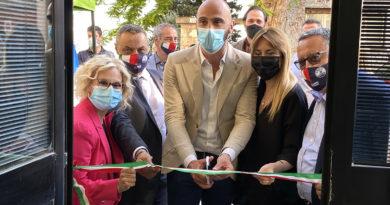 """La Lega di Castelfidardo: """"Colpevole silenzio di Ascani sui lavori per la scuola"""""""